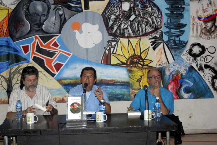 Presentan libro Aló Presidente Teórico en La Habana (+Audio)