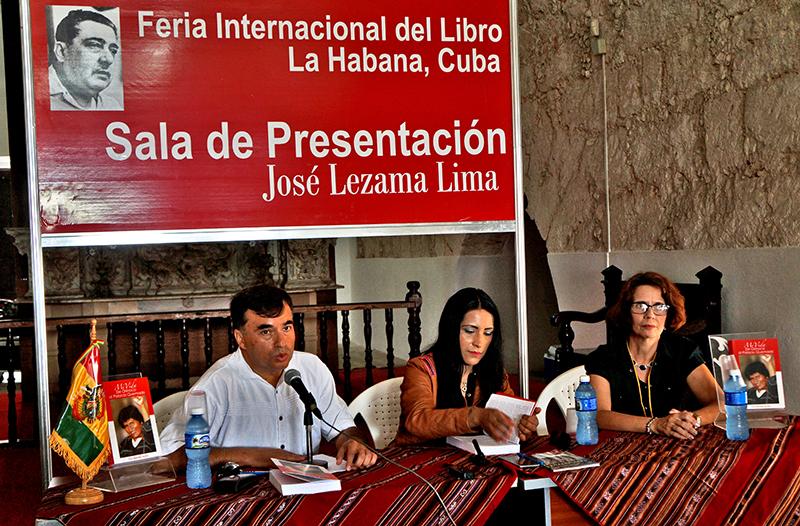 Presentan biografía de Evo Morales en Feria del Libro (+Audio y Fotos)