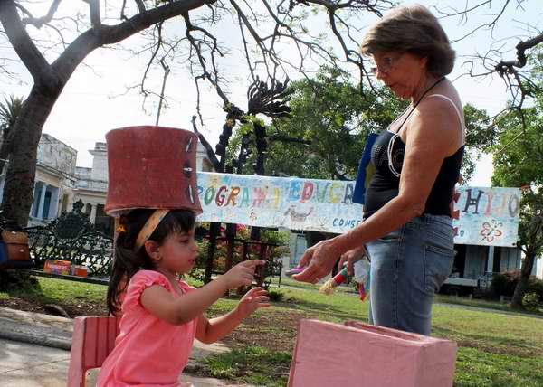 El Programa Educa tu hijo, por el bien de los niños y niñas cubanos. Foto Abel Rojas