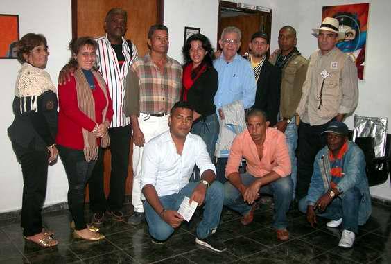 Artistas del Proyecto Comunitario Imagen 3