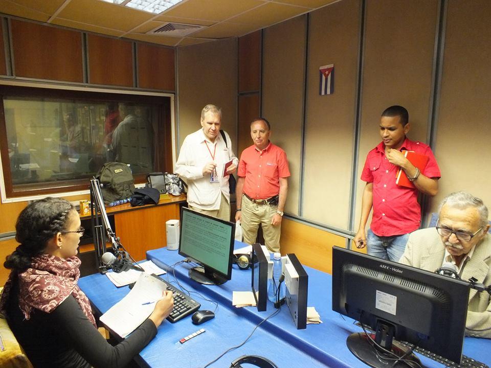 Cabina de Radio Reloj. Foto: Radio Reloj / Facebook