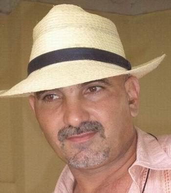 Ramón Pérez Pereira, Rapé; pintor, escultor, ceramista y grabador, todo de manera autodidacta