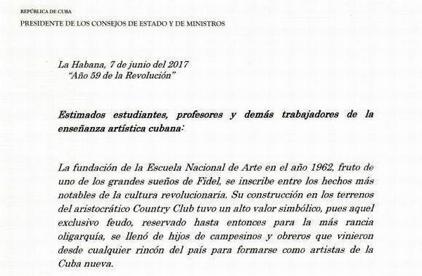 Envía Raúl Castro fuerte abrazo a estudiantes y profesores de las artes