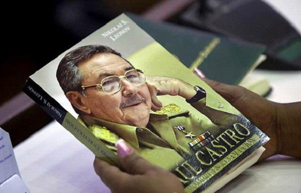 Premio del Lector 2016: Raúl Castro, un hombre en Revolución (+ Fotos e Infografía)