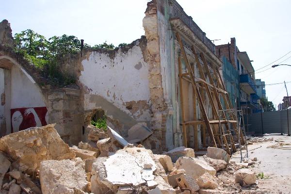 Inician en Matanzas reconstrucción de hotel colonial El Louvre