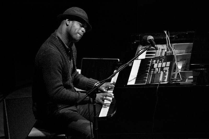 Jazzista Roberto Fonseca este domingo en concierto