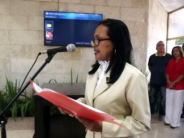 Directora del Conjunto Monumentario de la Plaza de la Revolución,Isela Yero Tamayo, recuerda la presencia de Fidel en el lugar.