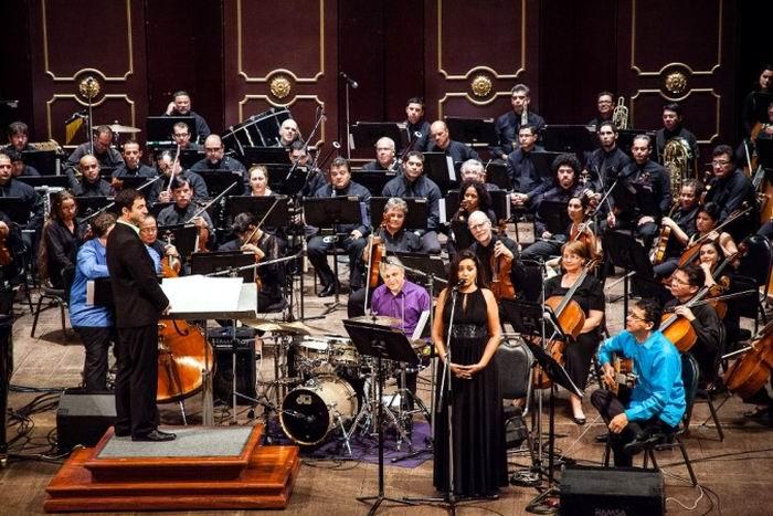 Toca Culture, presentará Bossa Nova Sinfónico en La Habana, Cuba, el domingo 15 de mayo en la Sala Covarrubias del Teatro Nacional como parte del concierto inaugural del Festival Cubadisco 2016