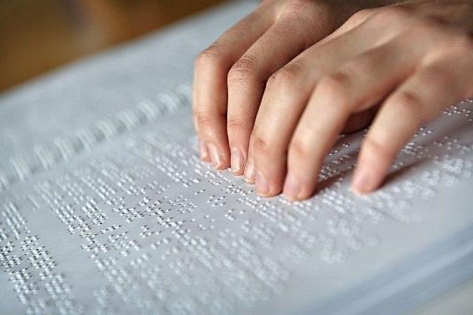 Presentarán obras en braille en la próxima feria del libro
