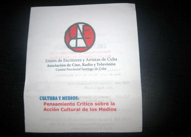 Fórum de la Radio y la Televisión en la UNEAC de Santiago de Cuba