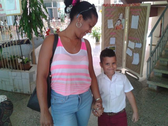 Una cubana que asiste al círculo infantil por segunda ocasión. Foto: Teresa Valenzuela