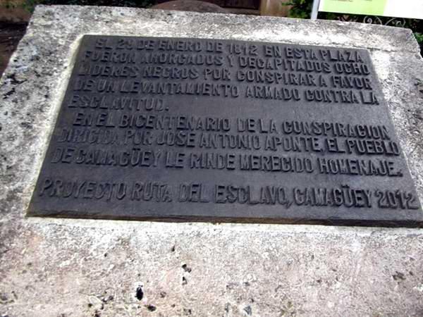 Tarja conmemorativa en el Parque Agramonte. Foto: Miozotis Fabelo Pinares