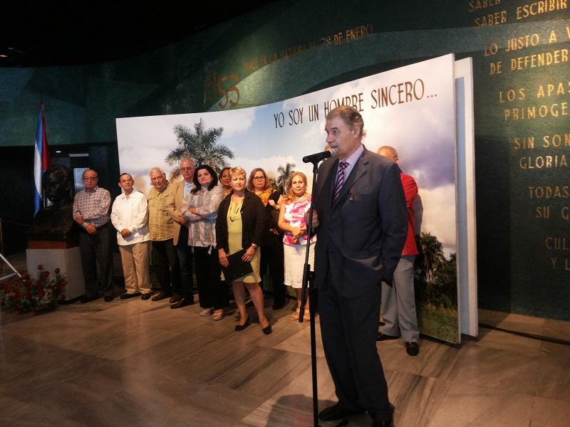 Víctor Hugo habla a los cubanos sobre la impronta de Cuba y Fidel en la historia de América Latina