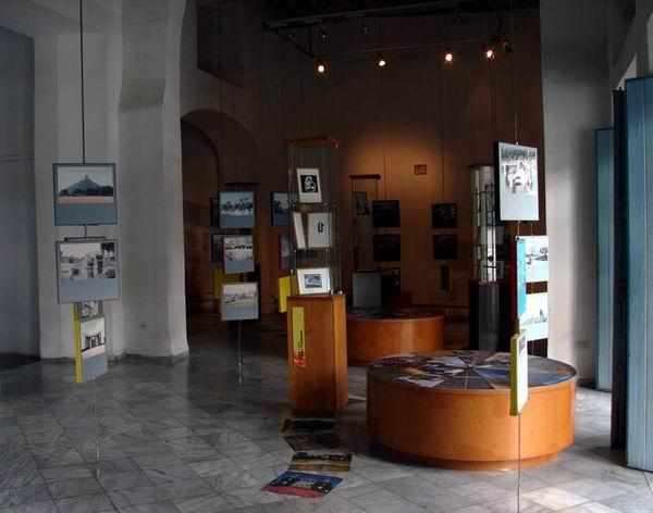 Valonia Gallery Celebrates its Tenth Anniversary
