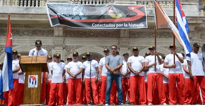 Preside Díaz-Canel abanderamiento del equipo Villa Clara