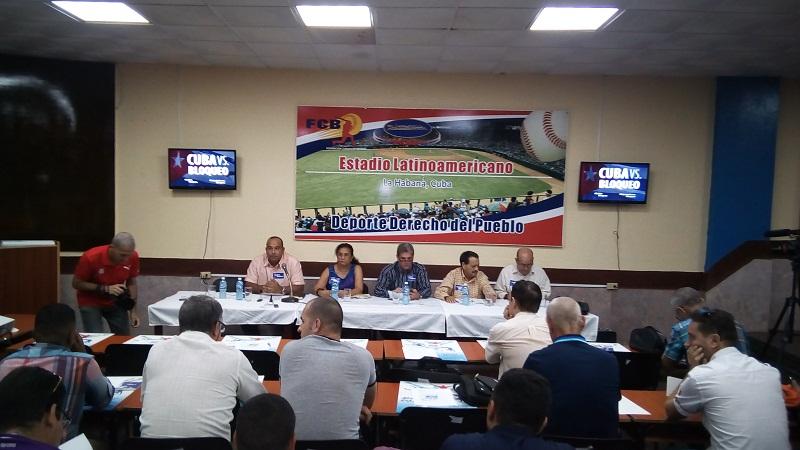 Bloqueo estadounidense impide a peloteros cubanos recibir premios