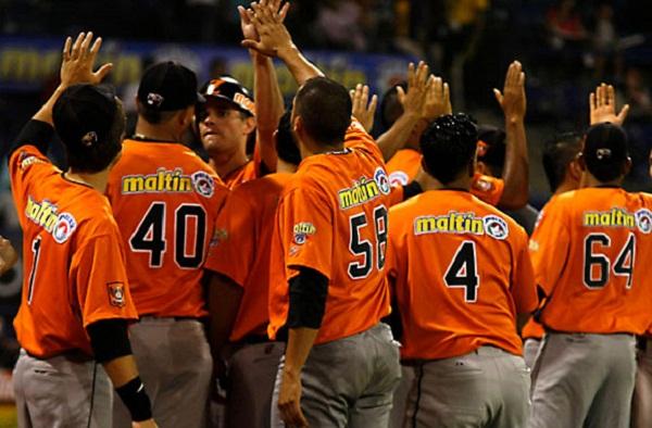 Zulia sigue dominando el béisbol de Venezuela