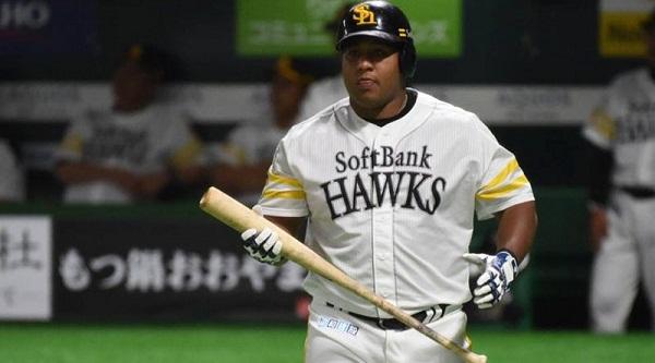 Llega Despaine a 30 jonrones en el béisbol japonés