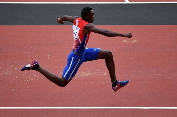 Cuban Triple Jumpers Qualified for the Finals
