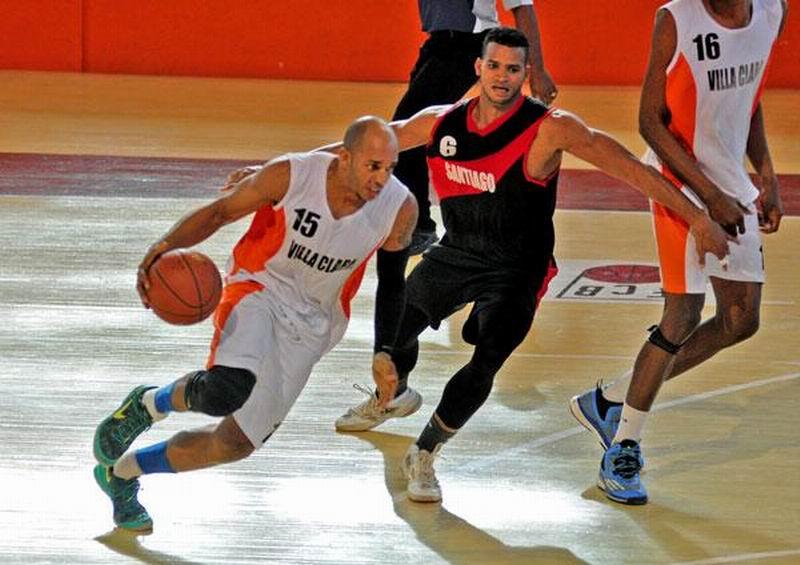 Cinco equipos por cuatro cupos a la postemporada del baloncesto cubano (+Audio)