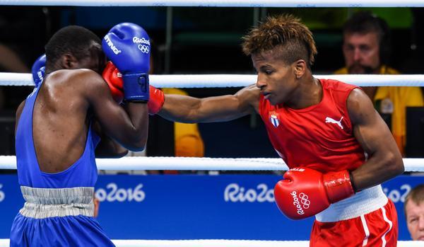 Boxeador cubano asegura bronce en Río 2016. Foto: Marcelino Vázquez