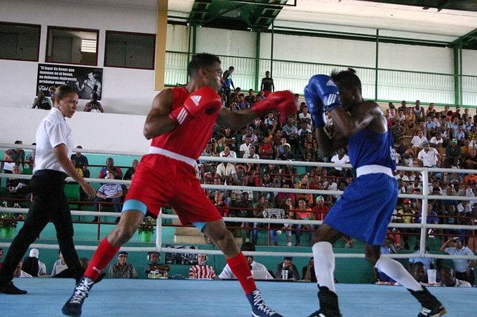 Serie Nacional de Boxeo: Púgiles capitalinos imponen su maestría