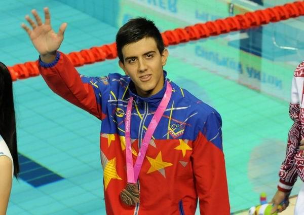 Triple medallista en Nanjing 2014, Carlos Claverie