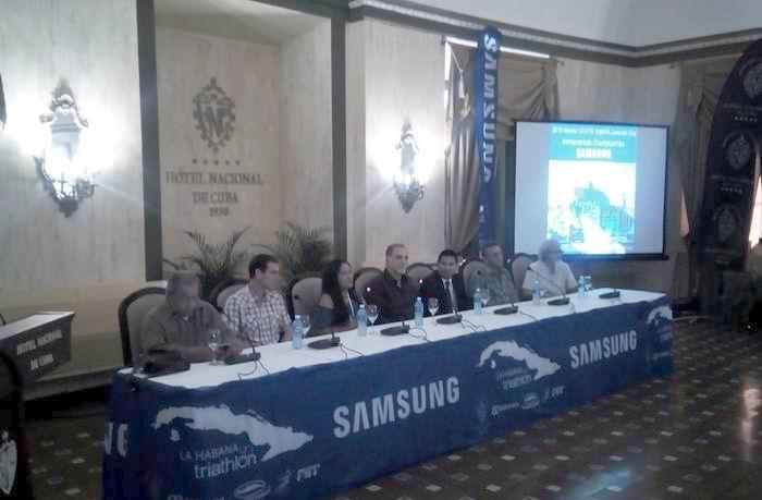 Efectúan presentación oficial del IV triatlón de La Habana