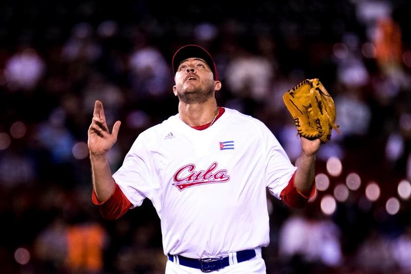 Lázaro Blanco permitó dos carreras durante poco más de cinco innings ante Dominicana. Foto: @SDCJalisco2018.