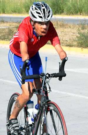 Damián López entrenando en las afueras de la Villa. Foto: Armando Hernandez.