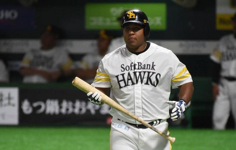 Reaparece Alfredo Despaigne en el béisbol japonés