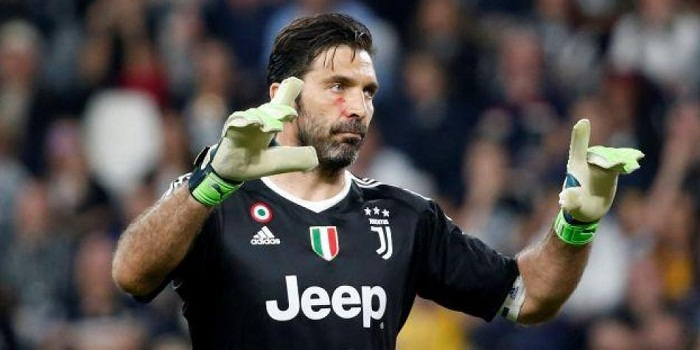 Suspenden a portero italiano Buffon