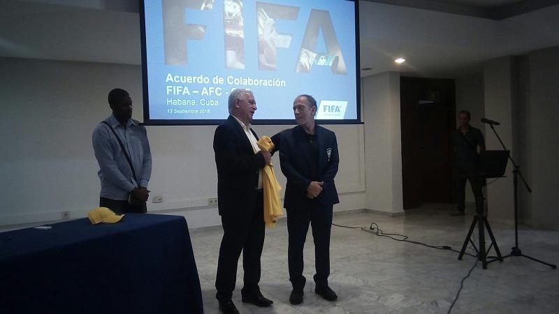 Cuba y Brasil firman Convenio de Colaboración en fútbol