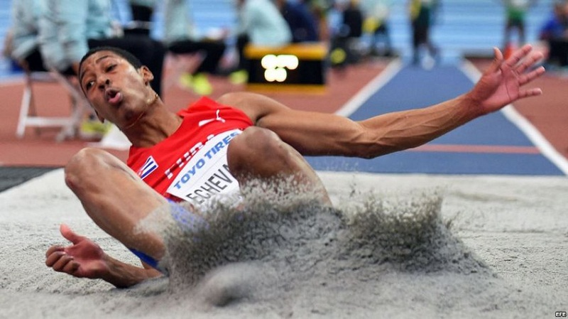 Cuban Athlete Juan Miguel Echevarría Reaches the 8.83 Meters