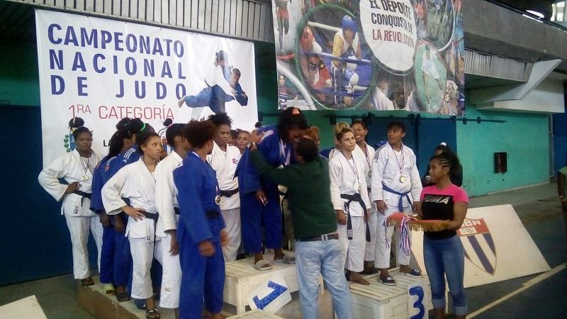 Ganó Santiago la justa por equipos del Nacional de Judo femenino