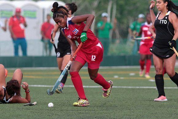 Cuba se clasifica a la final del hockey femenino