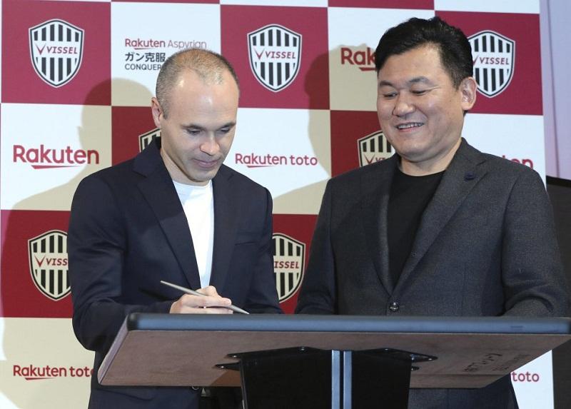Presentan oficialmente a Iniesta en club japonés Vissel Kobe (+Fotos)