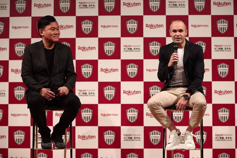 Presentan oficialmente a Iniesta en el club japonés Vissel Kobe
