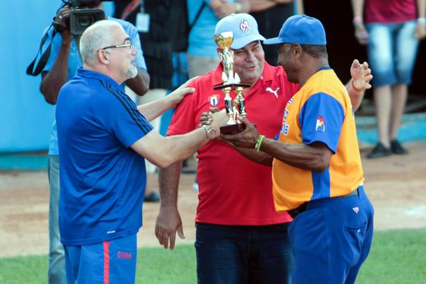 West beat East in Cuban All-Star Baseball Game