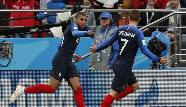 Se convierte Mbappé en el goleador francés más joven de un Mundial
