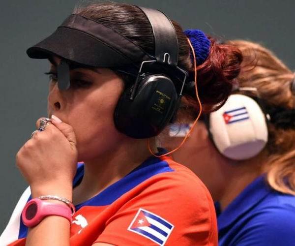 Medalla de plata parar el tiro femenino cubano