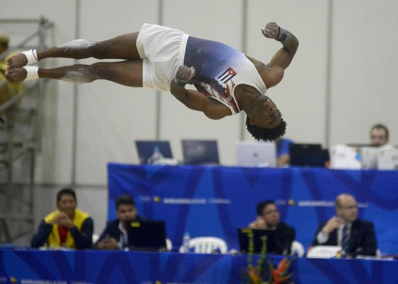 Consiguen gimnastas cubanos plata por equipos (+Fotos)