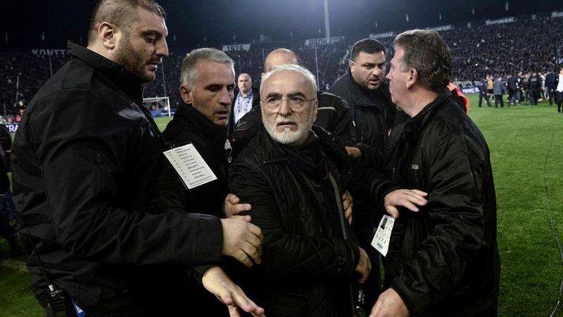 Sanciona Superliga griega de fútbol a presidente de PAOK