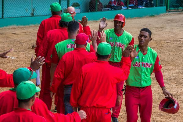 Barren Las Tunas y Matanzas en la Serie Nacional de béisbol