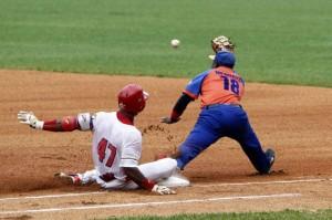 Béisbol–55 SN: Cocodrilos arrasaron en Sancti Spíritus