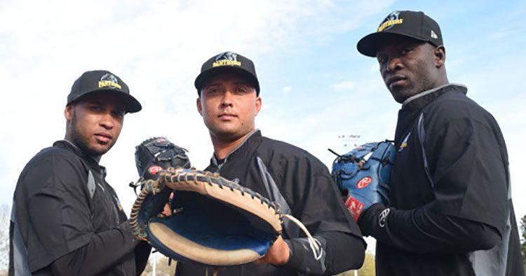 Destacada actuaci�n de Rend�n en Liga Interestatal de b�isbol