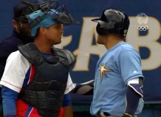 Primera jugada entre Cuba y Tampa Bays Rays en el Latinoamericano. Foto: Twitter Radio Rebelde
