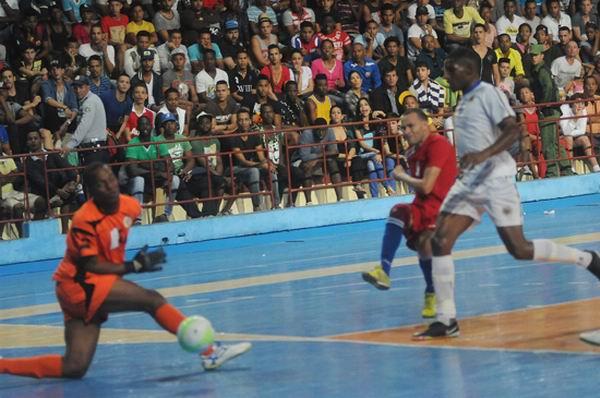Cuba beat Curacao in futsal tournament to win gold