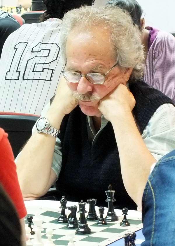 El Maestro Internacional Gerardo Lebredo, rector del Instituto Superior Latinoamericano de Ajedrez. Foto Abel Rojas