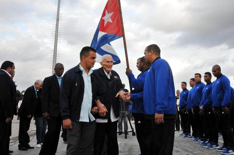 Abanderado equipo Granma a la 60 Serie del Caribe de Béisbol (+Fotos)